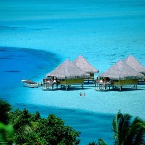 498581_maldivy_tropiki_bungalo_2560x1920_www-gdefon-ru82b7