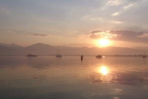 побережье на закате